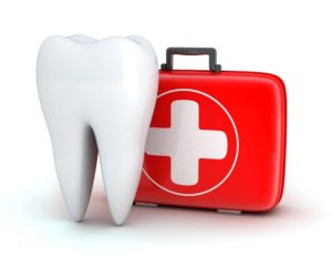 Molar and first aid kit for dental emergencies.